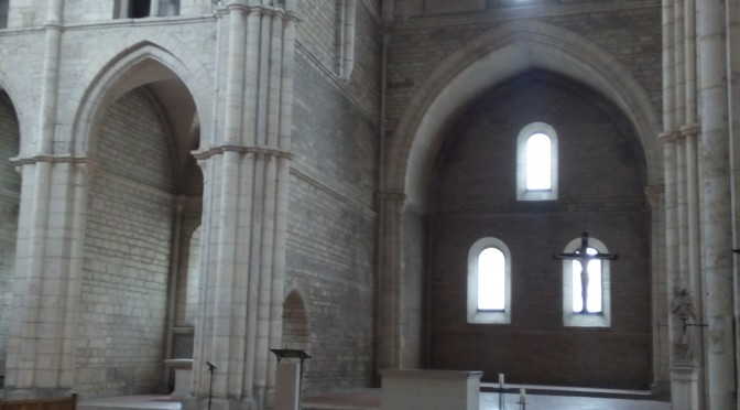 gotik minimalistisch