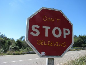 stop-schild mit zusatz text