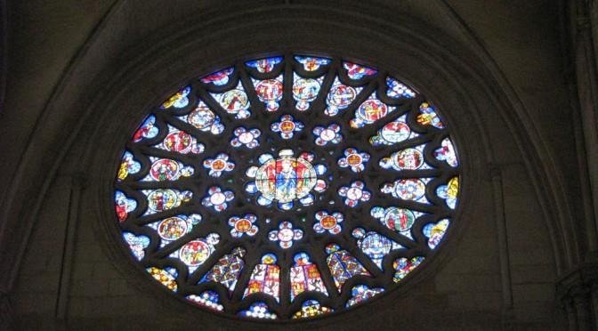 rosetten-fenster in der kathedrale von burgos